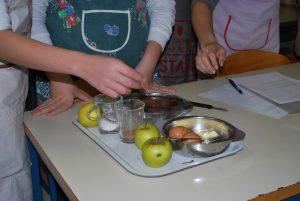 Tradicionalni slovenski zajtrk in naravoslovni dan