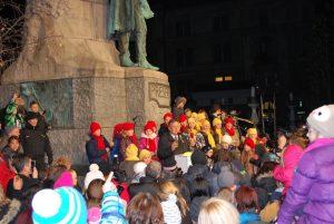 Slavnostni prižig lučk v stari Ljubljani